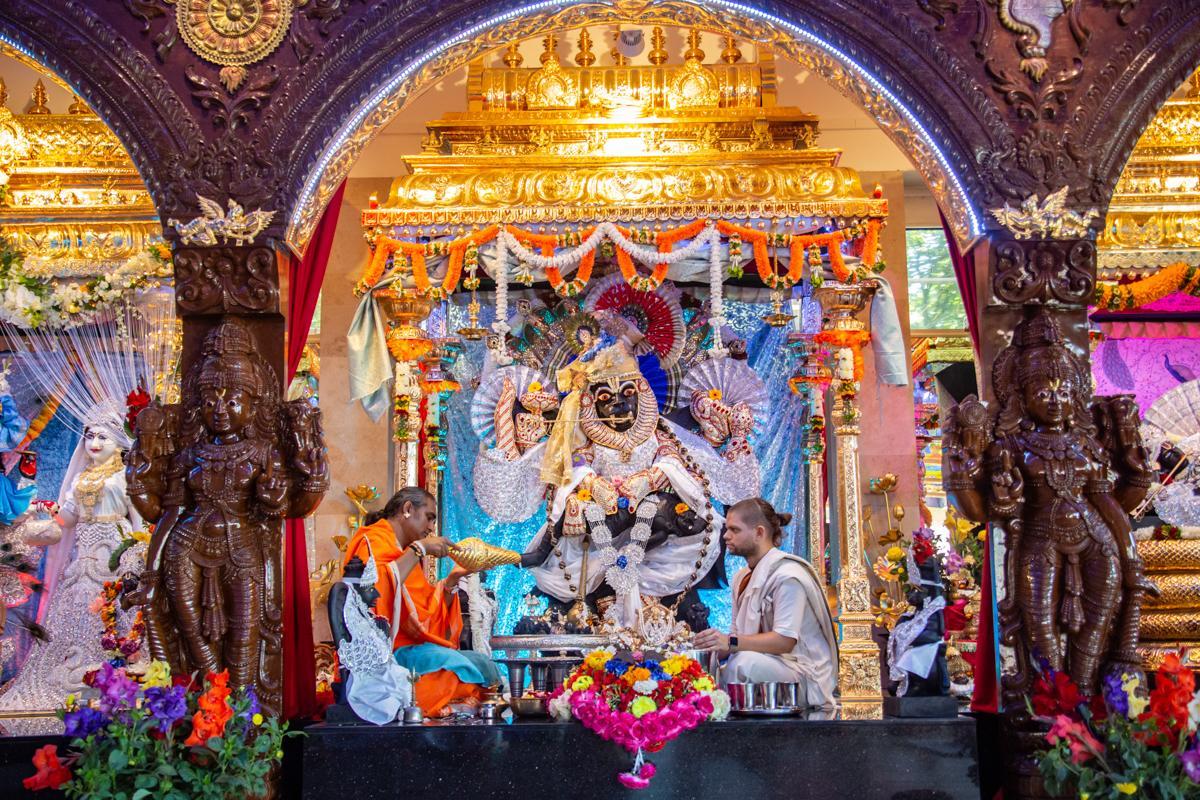 krishna-janmashtami-2019-bhakti-marga-37
